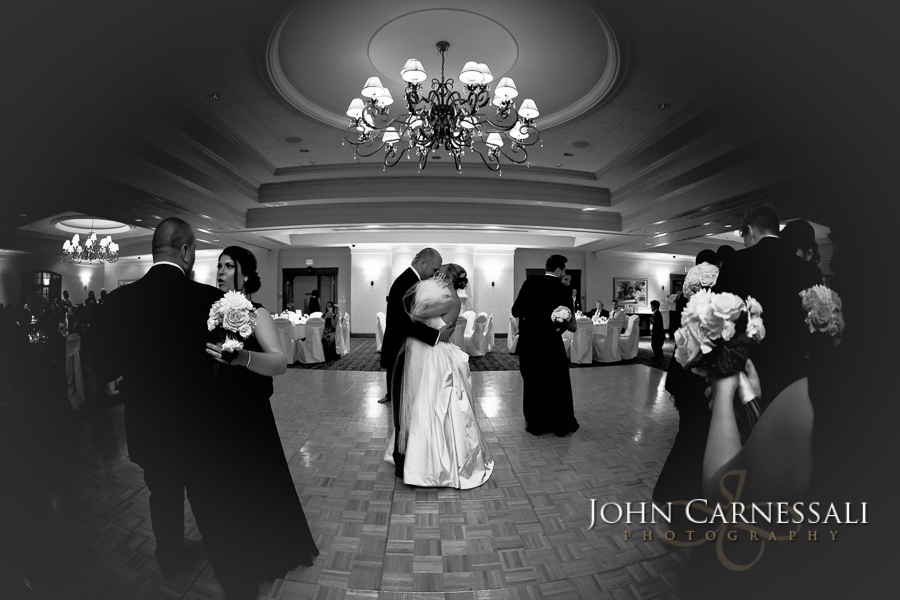 www.Syracuse-WeddingPhotographer.com